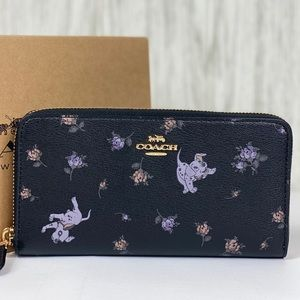 🥰 Coach Disney Dalmatian ZIP Wallet Black Multi